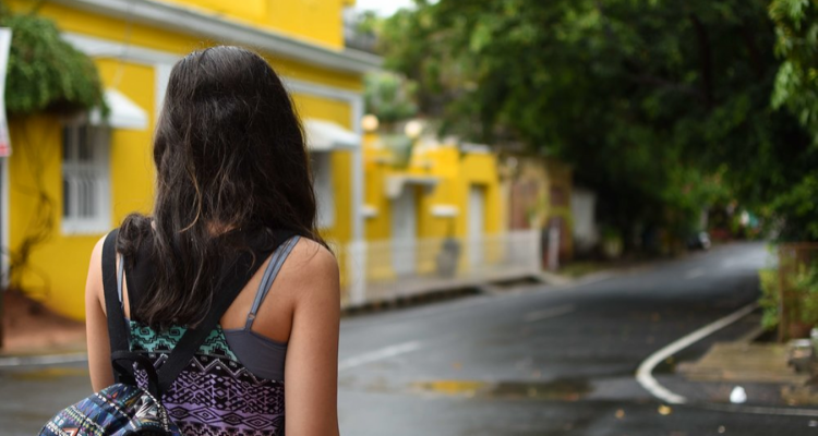 A Solo Female Traveller roaming the streets of Pondicherry.