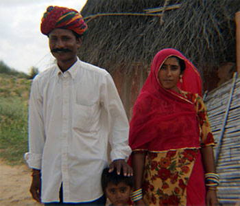 raj_family-indianpanorama
