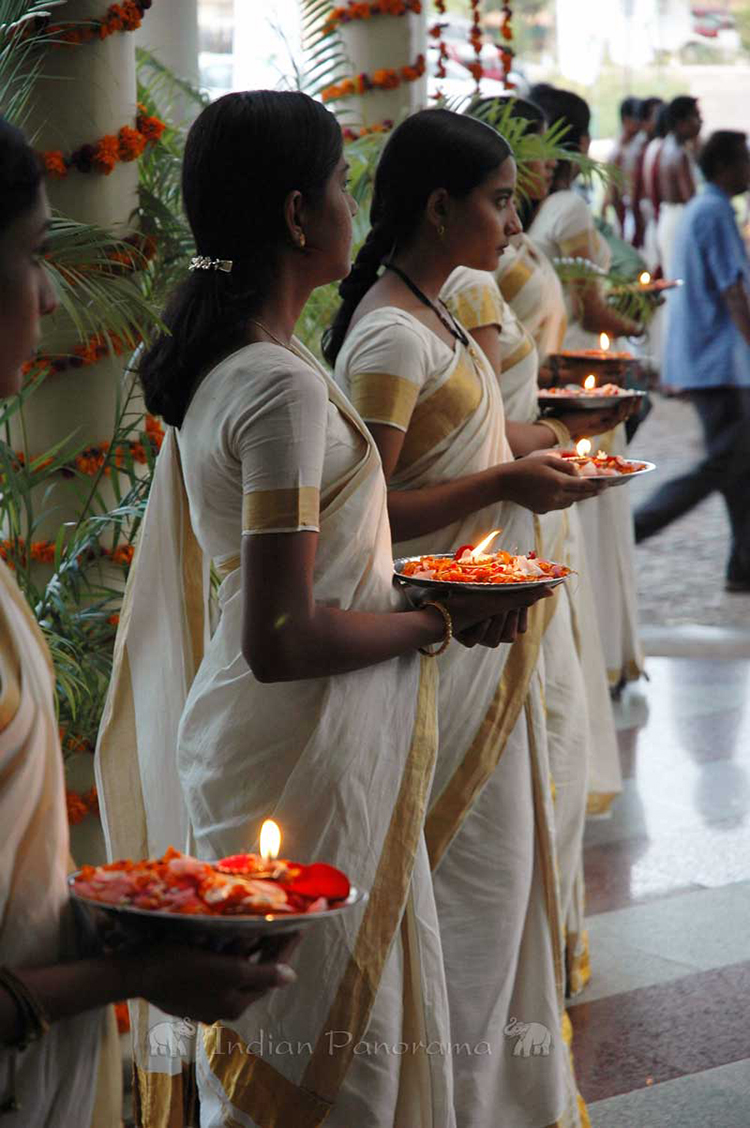 Cochin - Traditional Welcome
