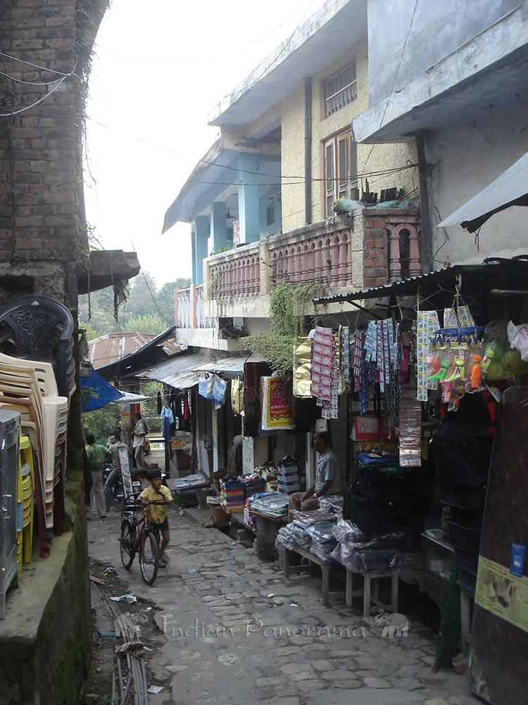 Pragpur Village Market Road