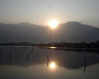 Srinagar Dal Lake Sunset View