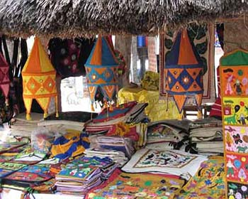 Local Crafts For Sale Near Mahabalipuram