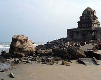 Derelict temple on the beach at Tranquebar