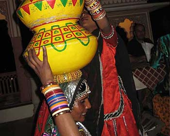 Traditional Dancing In Jaipur