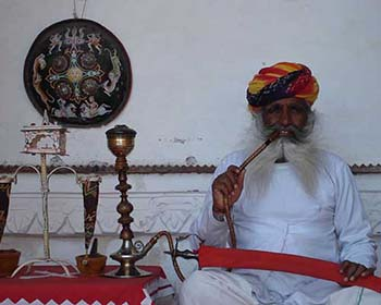 Smoking Shisha Pipe In Jodhpur