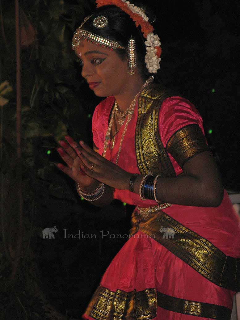 Tanjore Traditional Dancers