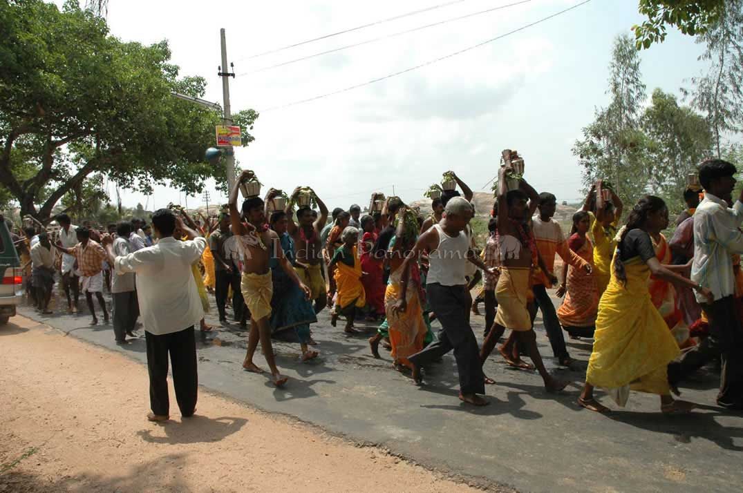 Road Scene In Tamil Nadu