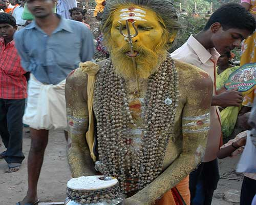 Tamilnadu Devotees On The Way To A Temple
