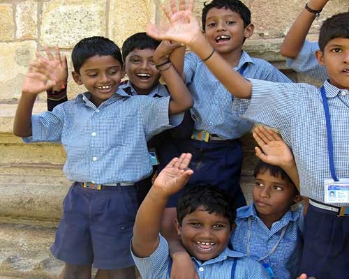 School Children At Gangaikondacholapuram