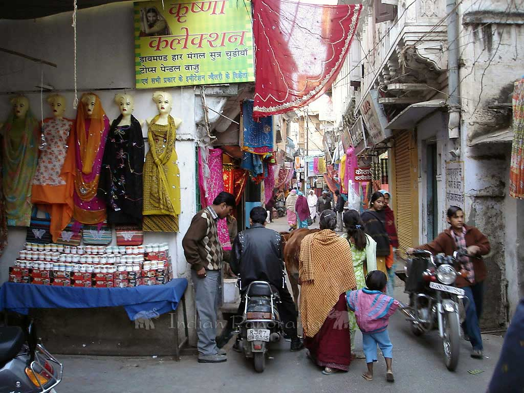 Colourful Udaipur Streets
