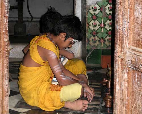 Children Praying In Varanasi Old City