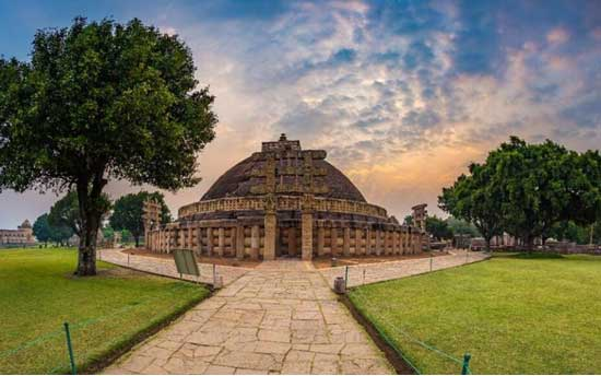 sanchi-stupa-temple-north-india
