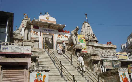 Jagdish-temple-tour