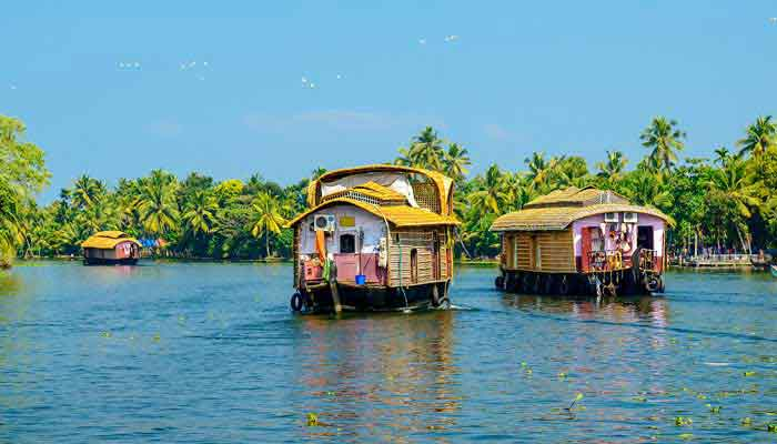 alleppy-houseboat-tourpackages