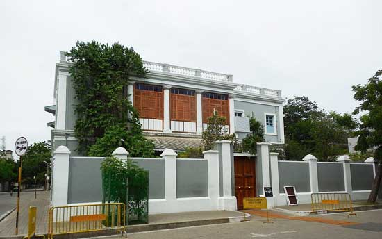 aurobindo-ashram-pondicherry