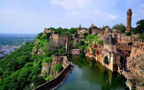 chittorgarh-fort-rajasthan-india