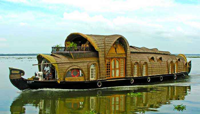 kerala-houseboat-tourpackages