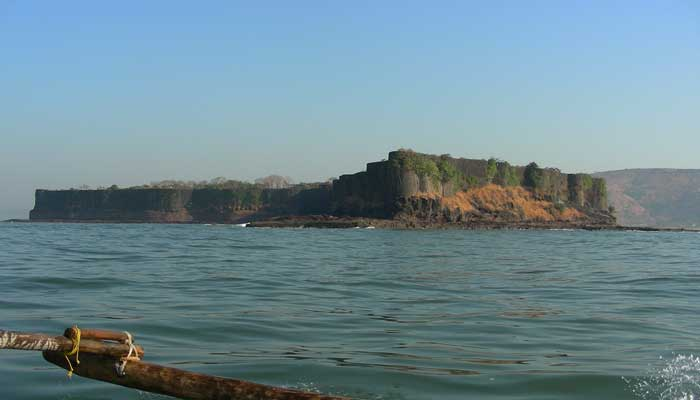 suvarnadurg-fort-india
